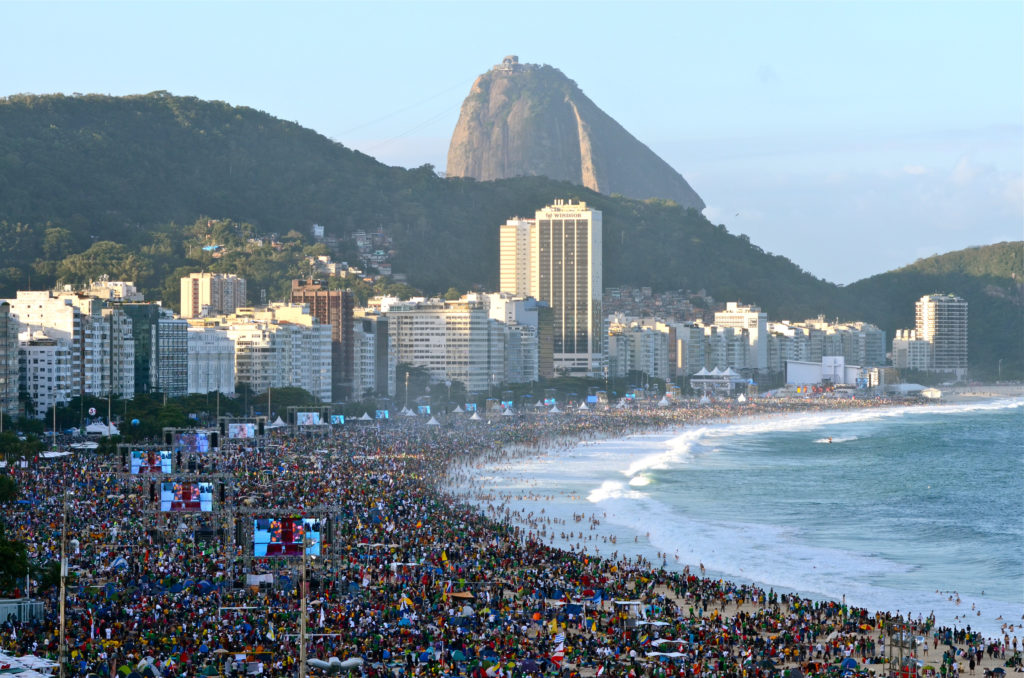 The world in union at Copacabana beach for the final Mass of WYD Rio 2013