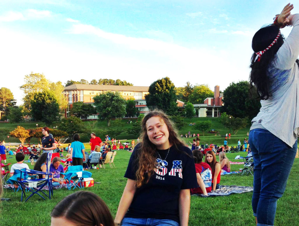 Arianna enjoying her time as a youth worker volunteer in America