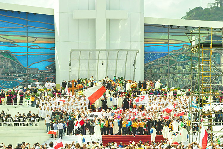 Pilgrims celebrating at the end of the Final Mass at WYD Rio 2013