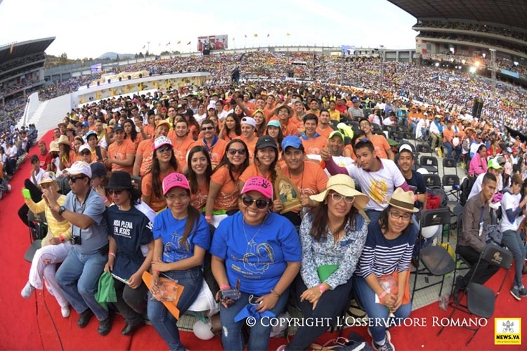 Young people gathered to meet Pope Francis in Mexico (Photo: L'Osservatore Romano)