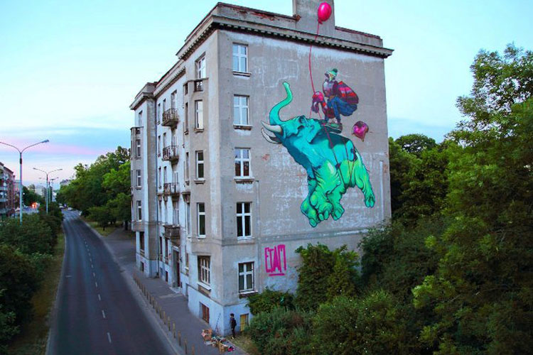 A mural in Łódź by ETAM Crew (Photo: Fundacja Urban Forms)