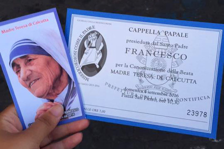 Receiving spare tickets to the canonisation of Mother Teresa (Photo: Ciara O'Reilly)