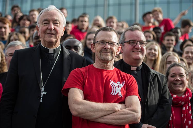 Phil and his boss Cardinal Vincent Nichols at Flame 2017 (Photo: CBCEW)