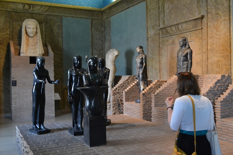 One of the rooms in the Egyptian exhibition, in the Vatican Museum (Photo: WYM)