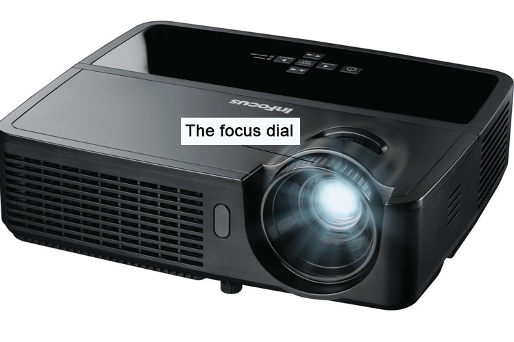 How to set up a projector with a laptop