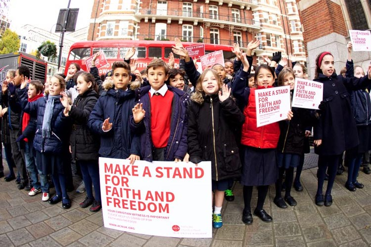 """Make a stand for faith and freedom"" (Photo: Weenson Oo)"